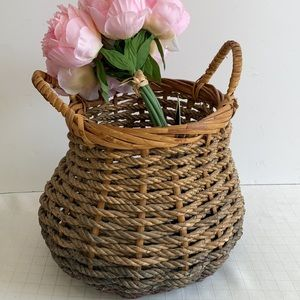 Large woven rope basket to hold knitting flowers catch all basket organizer